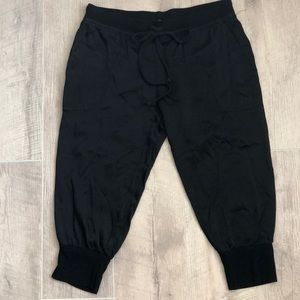 Hard Tail Capri Black Joggers size XS